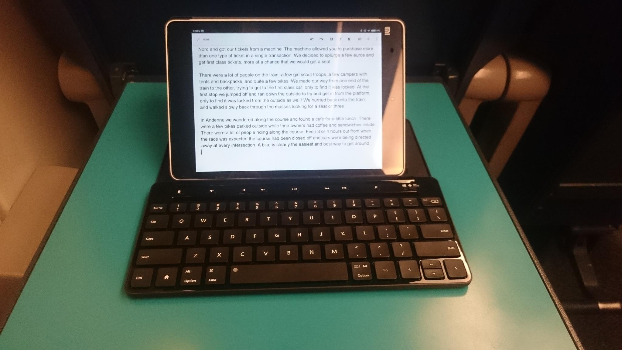 Xiaomi Mi Pad and the Microsoft Universal Keyboard